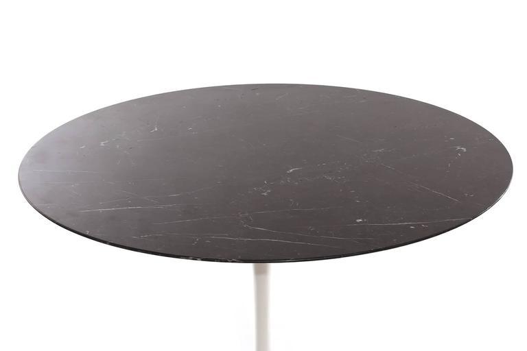 Eero Saarinen for Knoll 42