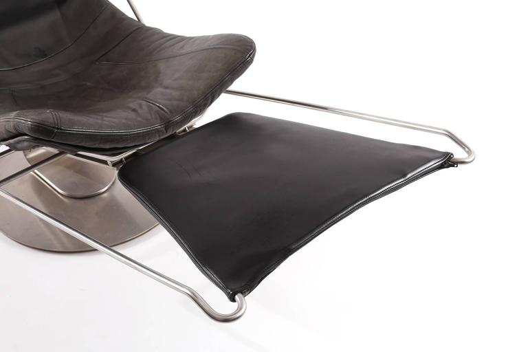 Cantilevered steel and leather convertible chaise at 1stdibs for Chaise convertible