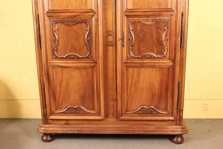 Louis XIV Style Armoire In Good Condition For Sale In Laguna Beach, CA