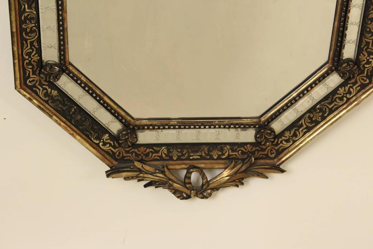 Napoleon III Style Giltwood Mirror In Good Condition For Sale In Laguna Beach, CA