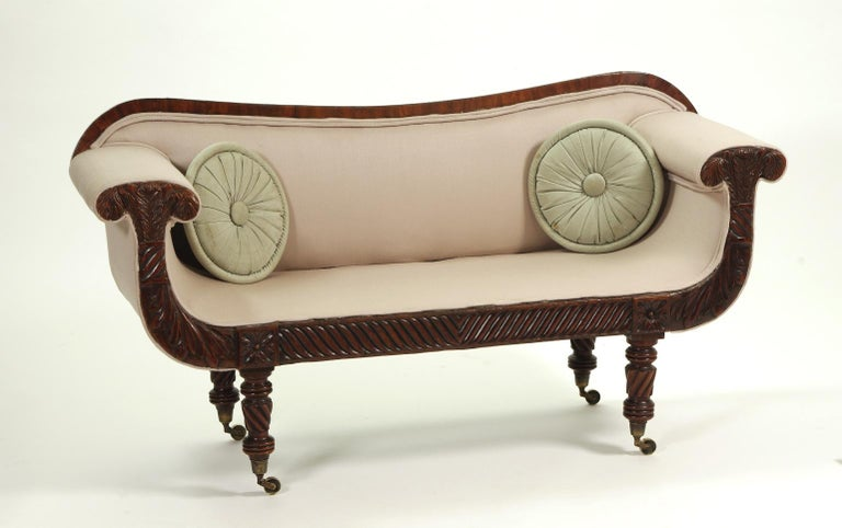 Regency Mahogany Child's Sofa, c. 1820 In Excellent Condition For Sale In St. Louis, MO