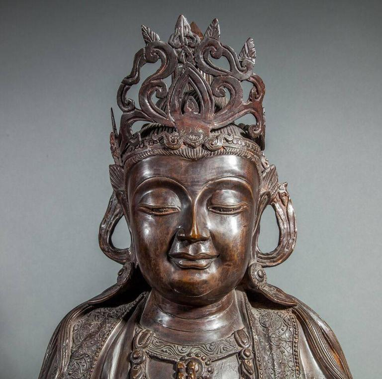 Chinese Bronze Sculpture of a Seated Buddha In Good Condition For Sale In Hudson, NY