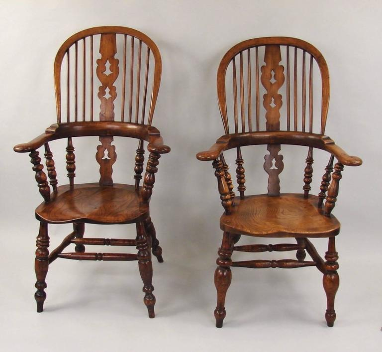 English Harlequin Set of Eight Elm and Ash Broad Arm High Back Windsor  Chairs For Sale - Harlequin Set Of Eight Elm And Ash Broad Arm High Back Windsor