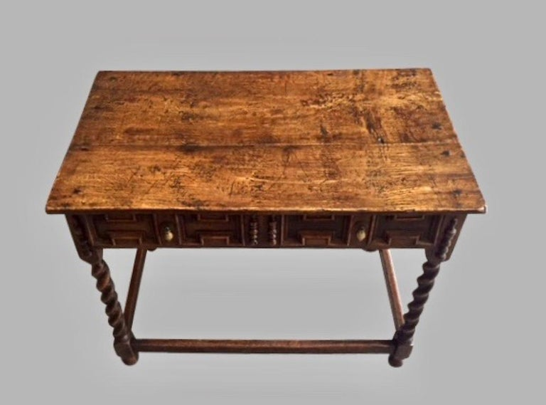 James II English Oak Side Table with Drawer For Sale 5