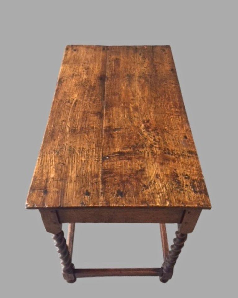 James II English Oak Side Table with Drawer For Sale 6