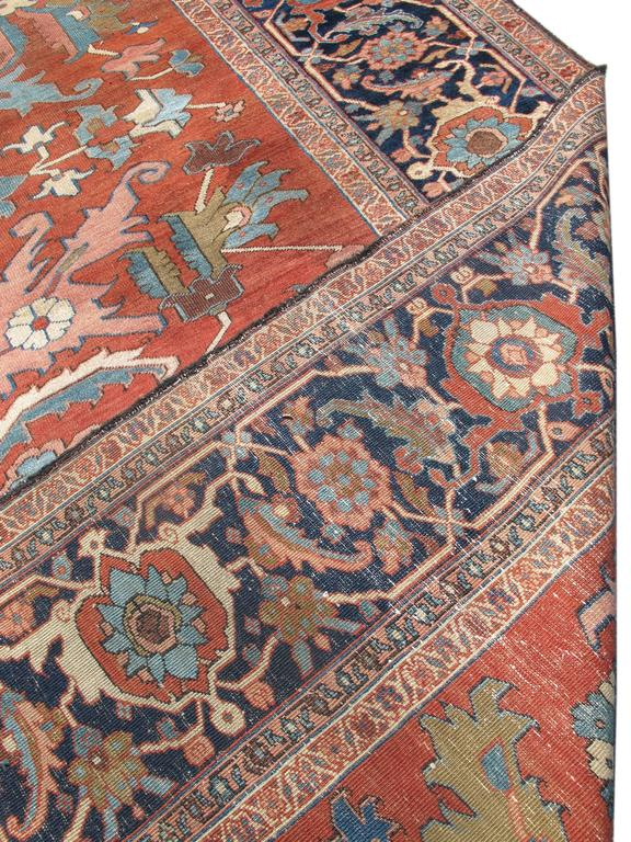 Late 19th Century Red Serapi Heriz Carpet with Central Indigo Octagon In Excellent Condition For Sale In San Francisco, CA