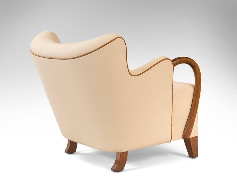 Small comfortable armchair 28 images small comfortable for Small comfy armchair