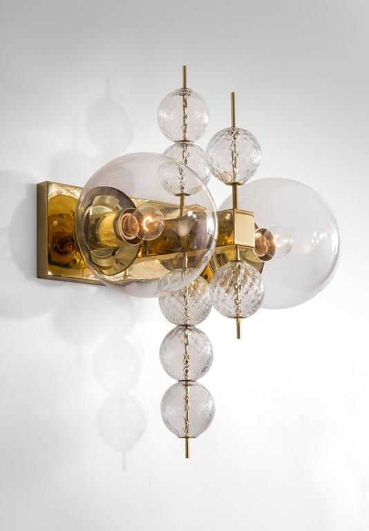 Kamenicky Šenov, Pair of Czech Brass and Handblown Glass Sconces In Good Condition For Sale In New York, NY
