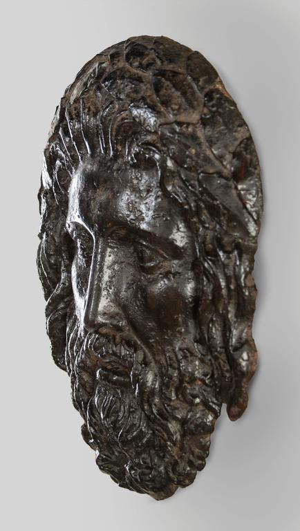 A very good, expressive cast of the king of the gods. The bearded face with hair adorned with a laurel wreath.  In very good antique condition, the patina rich and varied, ready to add to your collection.
