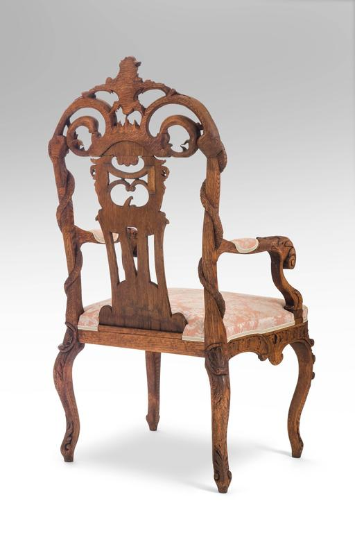 Pair of Liege or Aix-la-chapelle Rococo Oak Armchairs In Good Condition For Sale In New York, NY