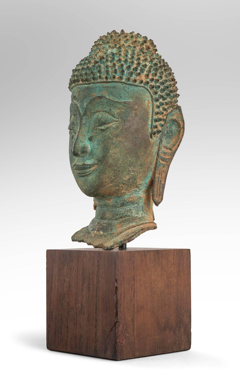 Thai Verdigris Bronze Buddha Head In Good Condition For Sale In New York, NY