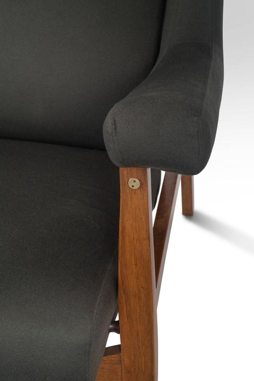Franco Albini, Pair of Rare Italian Fiorenza Upholstered Armchairs For Sale 3