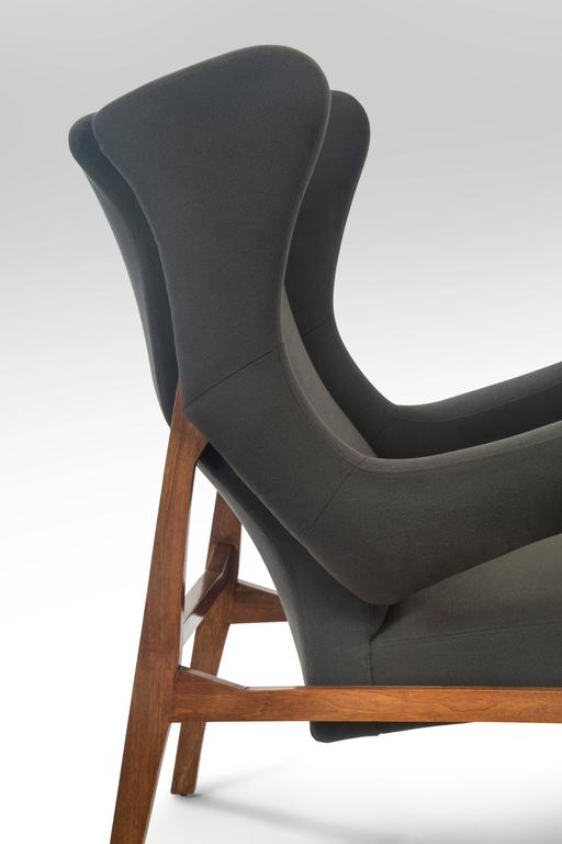 Franco Albini, Pair of Rare Italian Fiorenza Upholstered Armchairs For Sale 2