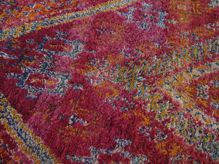Beni Mguild Moroccan Berber Carpet In Excellent Condition For Sale In New York, NY
