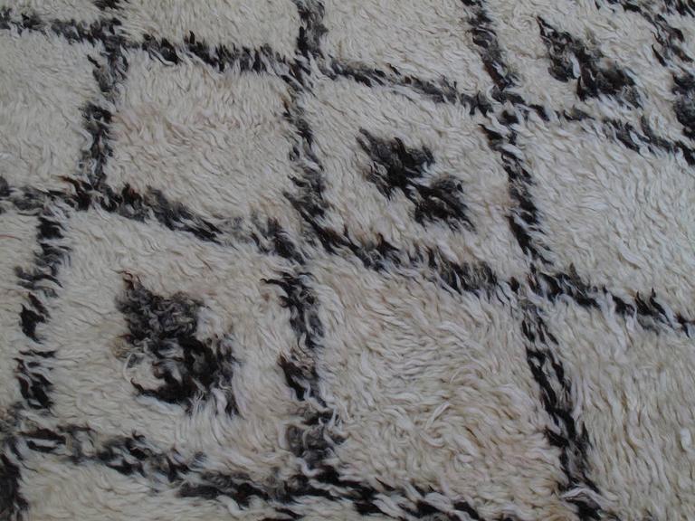 Mid-20th Century Massive Beni Ouarain Moroccan Carpet For Sale