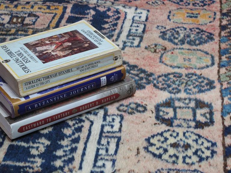 Wool Kurdish Rug For Sale