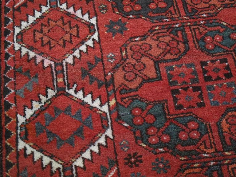 Antique Ersari Main Carpet In Excellent Condition For Sale In New York, NY