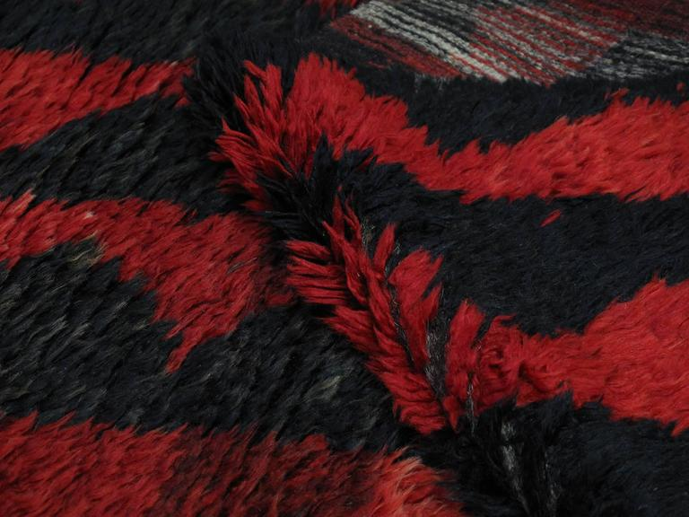 "20th Century ""Sawtooth"" Tulu Rug For Sale"