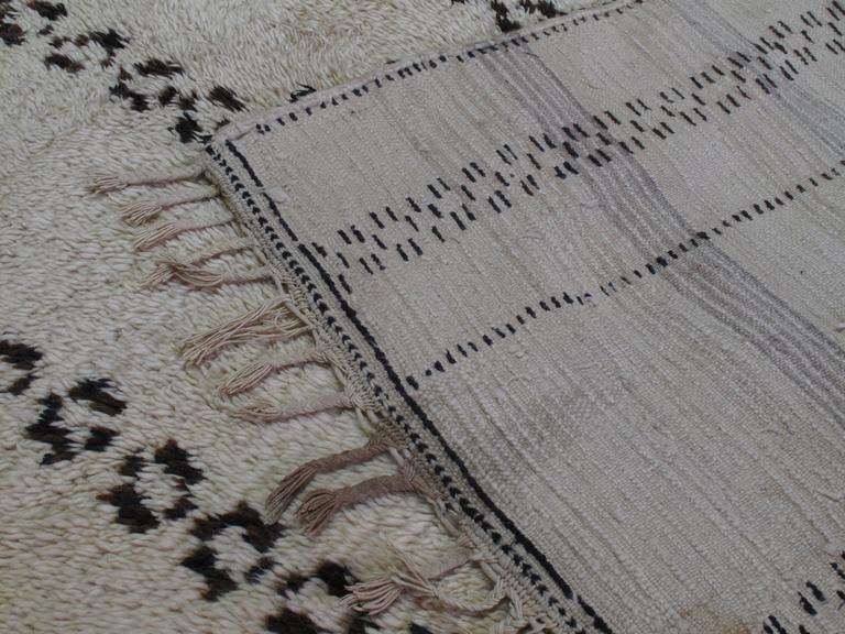 Exceptional Azilal Berber Moroccan Rug For Sale 3