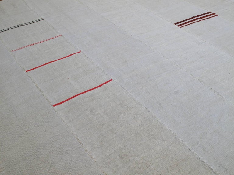 Large Jute Kilim In Good Condition For Sale In New York, NY