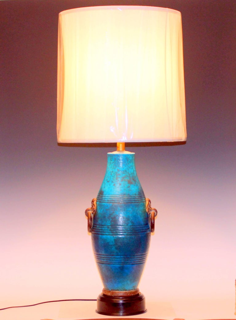 Large Italian Ming Zaccagnini Pottery Turquoise Crackle Glaze Ring Handle Lamp For Sale 4