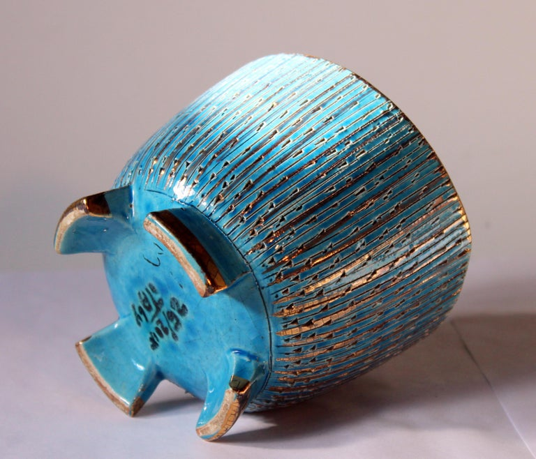 Bitossi Seta Blue Gold Pottery Londi Italian Raymor Vintage Pencil Jar Candy Bow In Good Condition For Sale In Wilton, CT