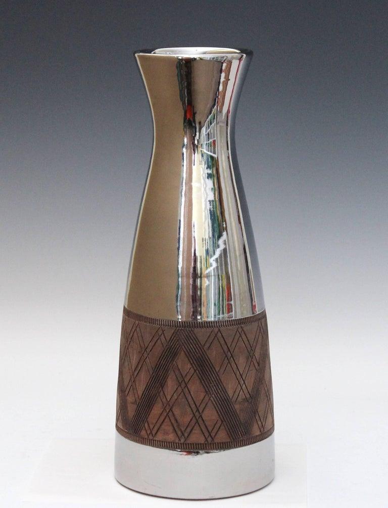 Minimalist Large Bitossi Ceramic Italian Pottery Platinum Silver Luster Vase Raymor For Sale
