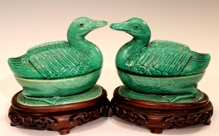 Pair of Chinese Porcelain Bird Figure Covered Boxes Ducks Geese Marked For Sale 5