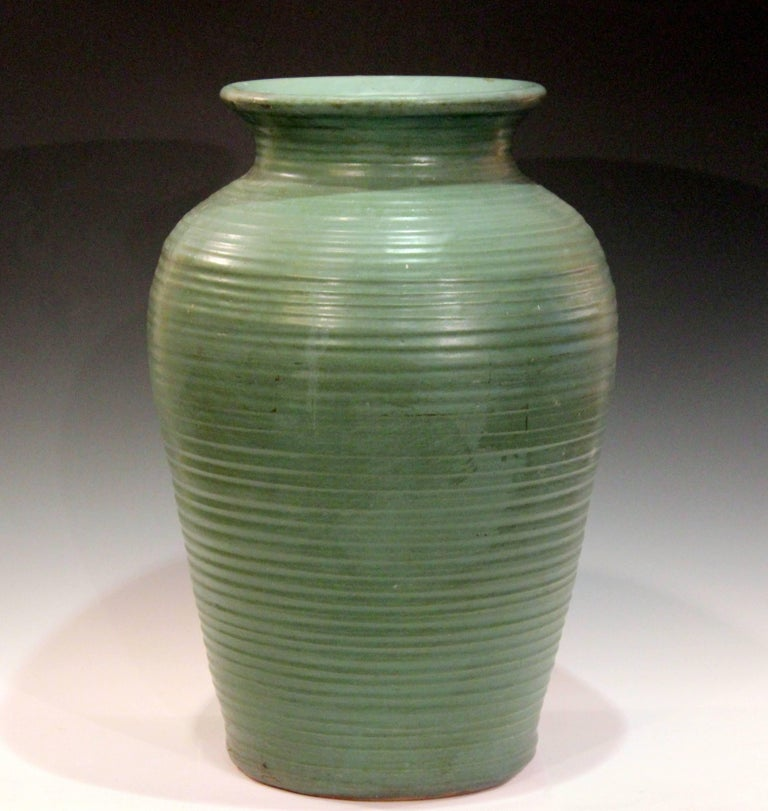 Large Vintage Zanesville Homespun Art Pottery Vase In Great Matt Green Glaze Circa 1930s