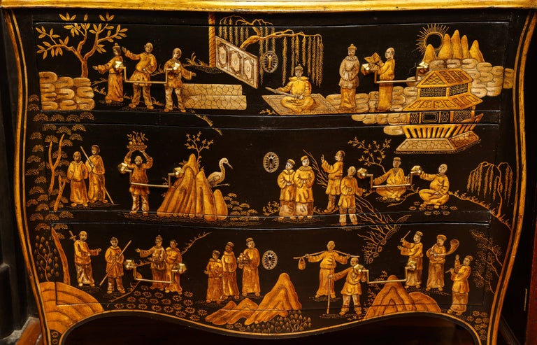 Wood Chinoiserie Serpentine Chest of Drawers, Italian, circa 1950 In Stock For Sale