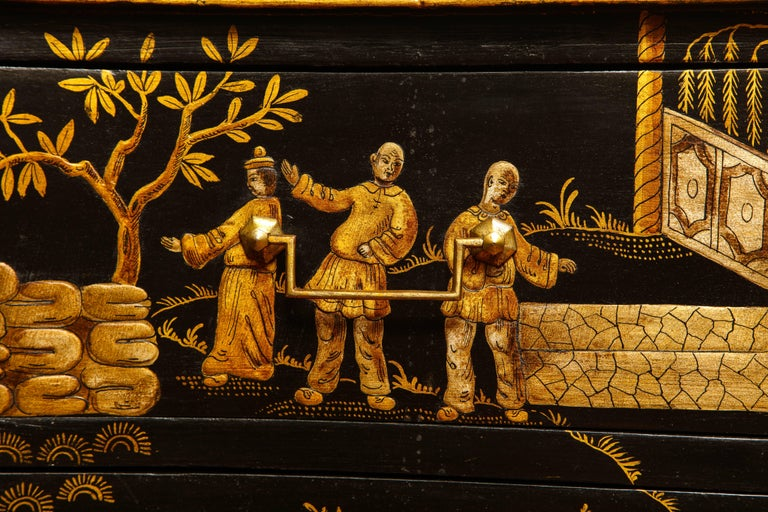 Chinoiserie Serpentine Chest of Drawers, Italian, circa 1950 In Stock For Sale 5