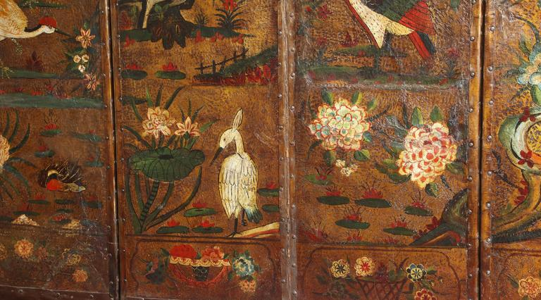 Gilt English Six Panel Chinoiserie Polychrome Decorated Leather Screen, circa 1700 For Sale