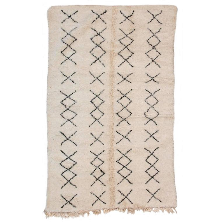 Beni Ourain Moroccan Rug with Four Column X-Pattern