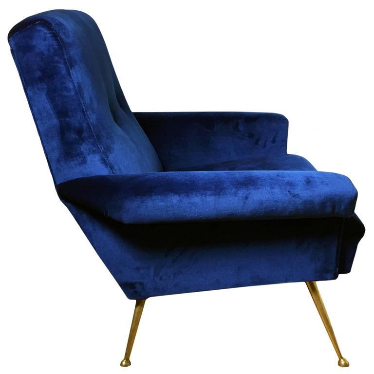 1960s Italian Button Back Club Chair in Blue Velvet 3