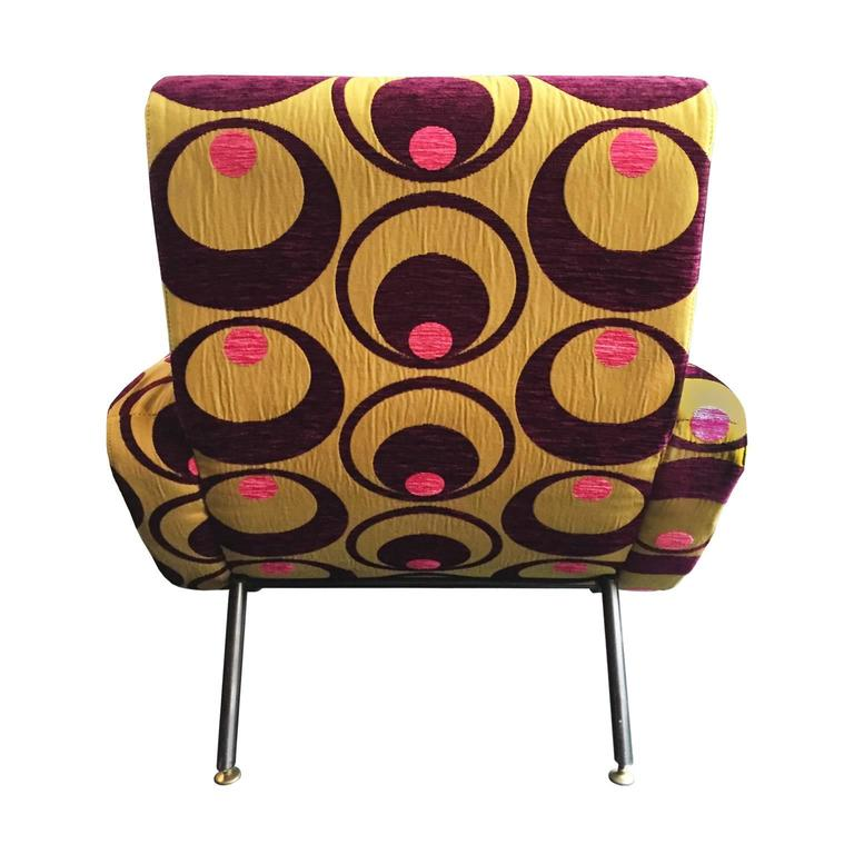 Curved Armchair in Embroidered Pop Upholstery In Excellent Condition For Sale In New York, NY