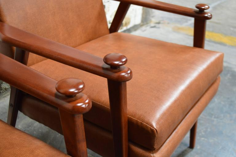 Swedish Pair of Mid-Century Modern Side Chairs For Sale