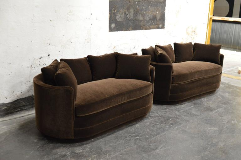 Art Deco Pair Of Vintage Curved Loveseat Sofas In Chocolate Brown Mohair For