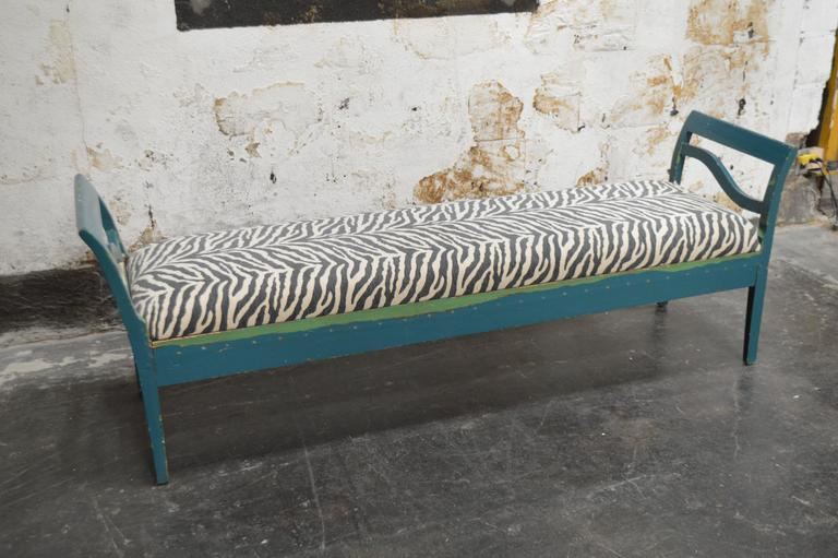 Antique Swedish Gustavian Painted Bench Settee For Sale 4