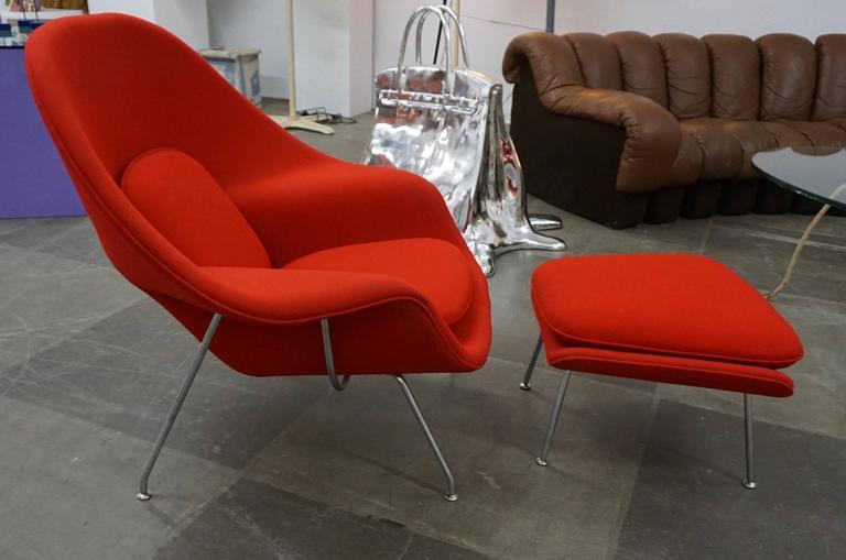 "Eero Saarinen ""Womb"" Lounge Chair and Ottoman 2"