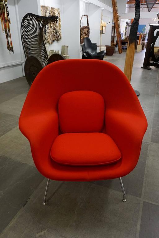 "Eero Saarinen ""Womb"" Lounge Chair and Ottoman 4"