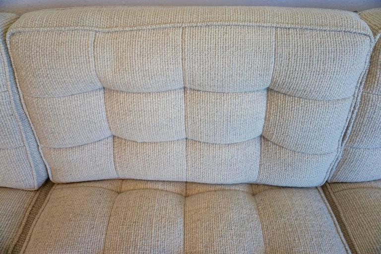 Florence Knoll Three-Seat Sofa In Excellent Condition For Sale In Cathedral City, CA