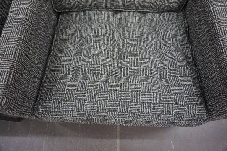 Pair of Knoll Lounge Chairs 5