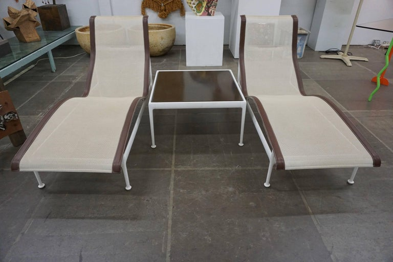 Pair of Richard Schultz Contour Lounge Chairs 7