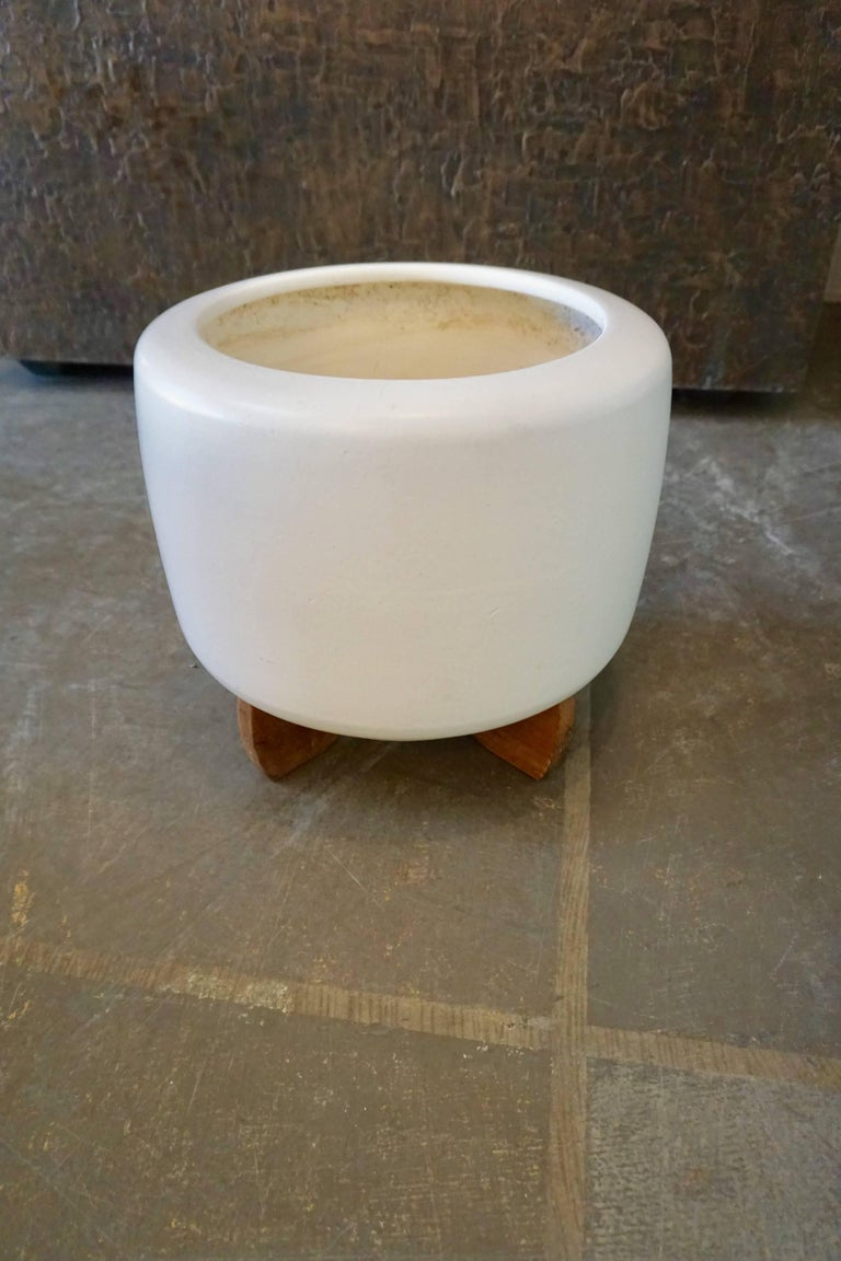 """Mid-20th Century Pair of """"Tire"""" Planters by Architectural Pottery For Sale"""