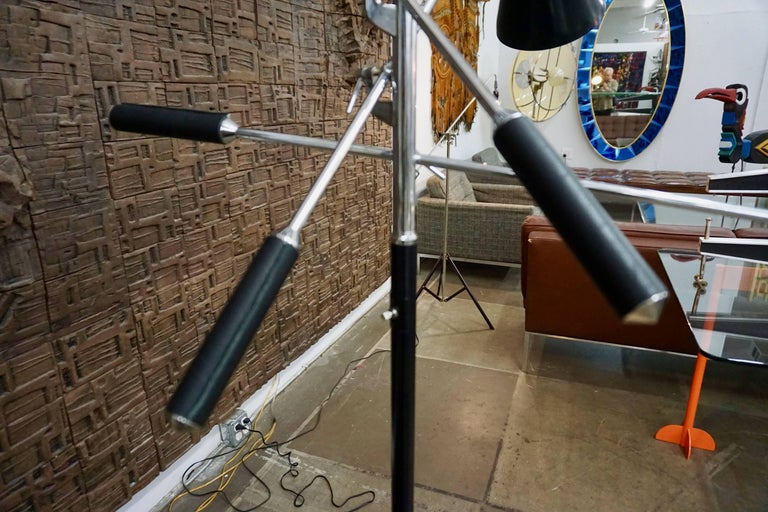 Arredoluce Style Floor Lamp In Excellent Condition For Sale In Cathedral City, CA