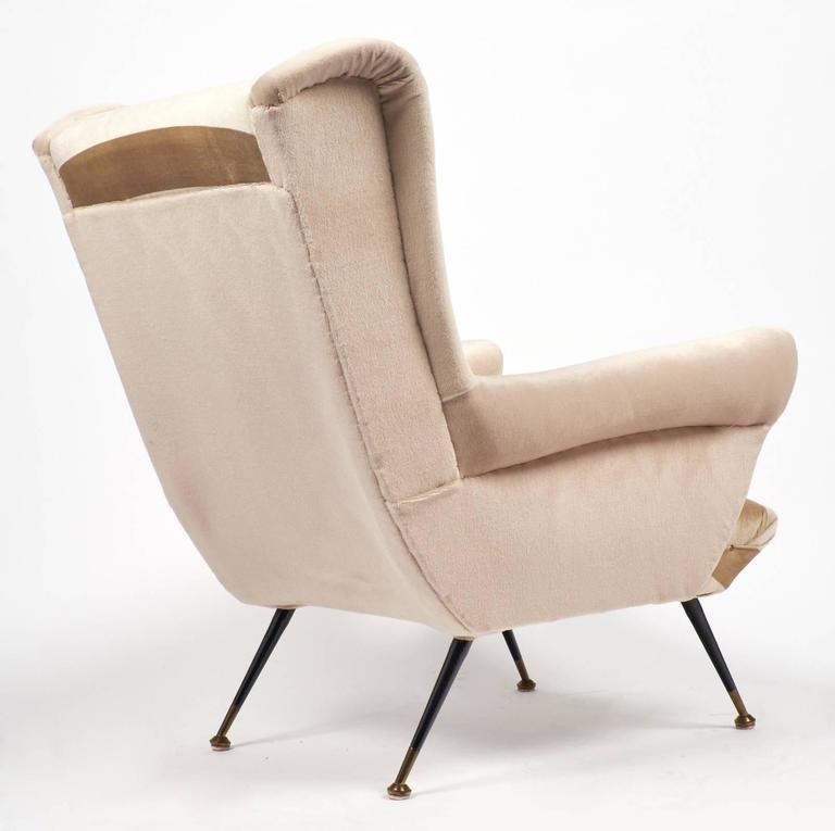Italian Mid-Century Modern Striped Velvet Armchairs For Sale 1