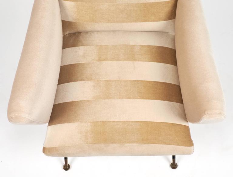 Italian Mid-Century Modern Striped Velvet Armchairs For Sale 4