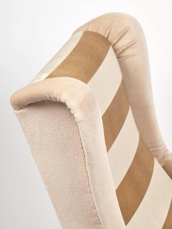 Italian Mid-Century Modern Striped Velvet Armchairs For Sale 2
