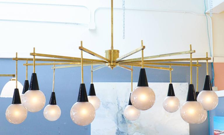 Italian Mid-Century Modern Brass and Murano Glass Chandelier For Sale