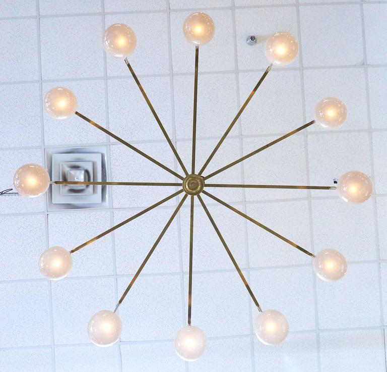 Mid-Century Modern Brass and Murano Glass Chandelier In Excellent Condition For Sale In Austin, TX